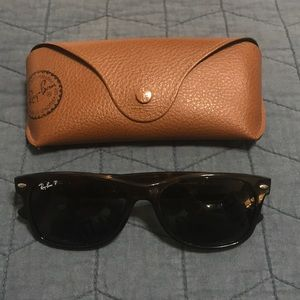 Polarized Ray-Ban Tortoise New Wayfarers